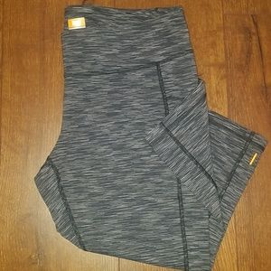 Lucy powermax XL work out capris